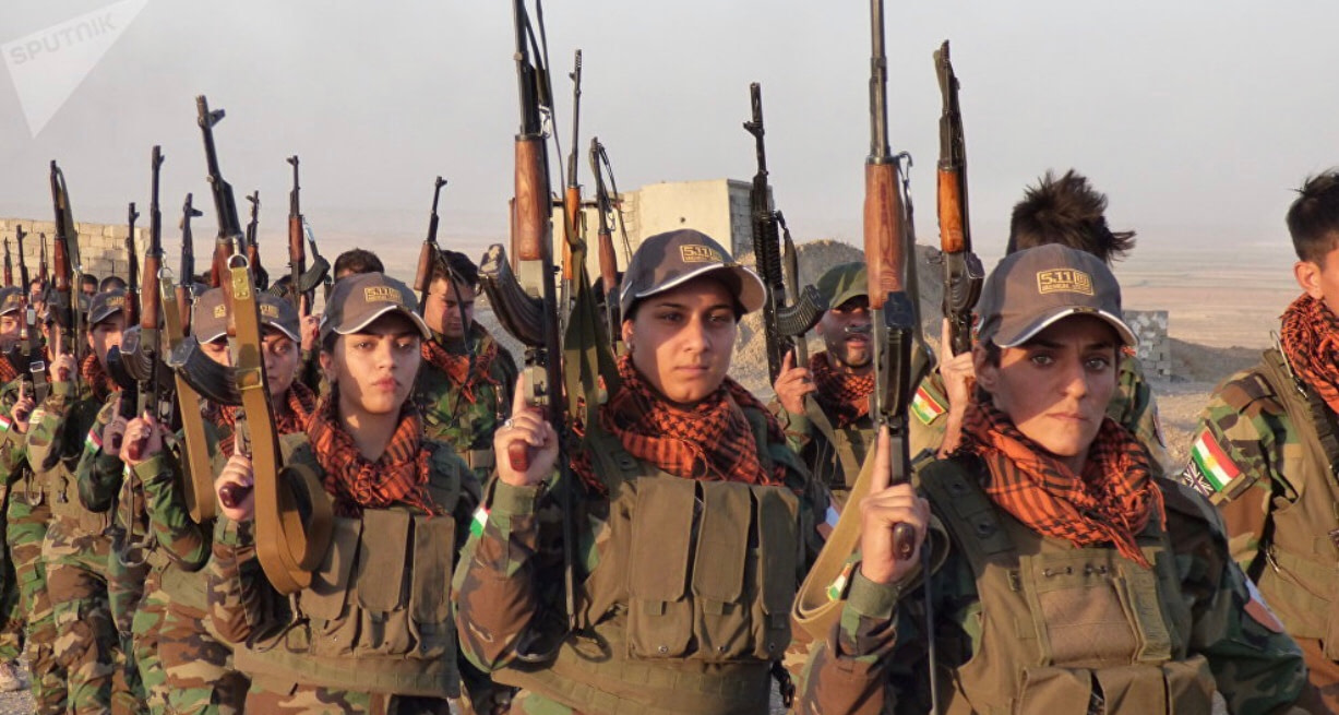 Armed women Peshmerga